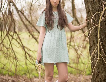 Nati en el bosque de fantasía.
