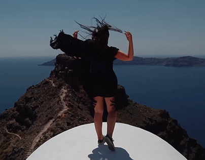 24 Hours in Santorini