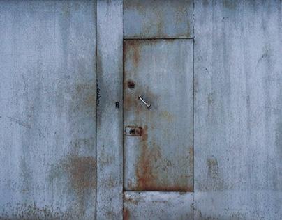 District door