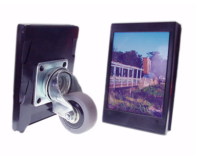 Design | OneOff - Polaroid Frames on the move