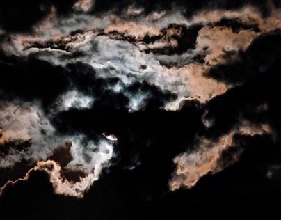 Luna llena en cuarentena.