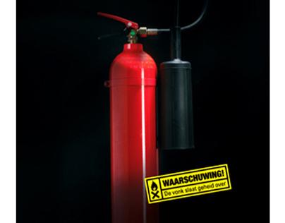 Verwegen Communicatie advertising campaign: Warning!