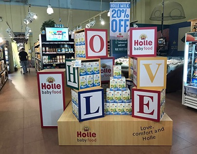 Holle Brand stand Dubai
