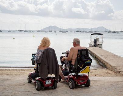 Rollator Wheelchair Benefits