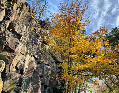 Cliffs in the Fall on Farmington Trail
