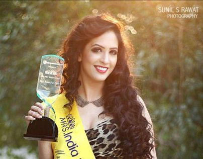 Mrs India Worldwide Finalist 2012