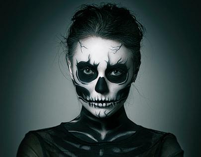 Skeletton Girl