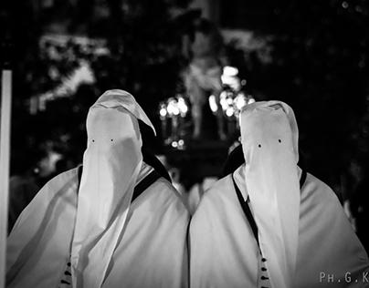 Holy Easter week in Taranto (Italy) - Le Perdúne