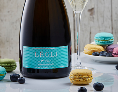 Légli Champagne packaging