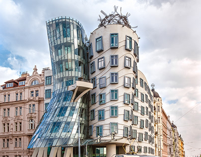 The Dancing House - Frank Gehry & Vlado Milunić