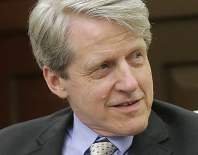 The Career of Influential Economist Dr. Robert Shiller