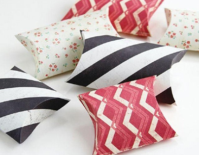 Why pillow boxes packaging attracts more customers?
