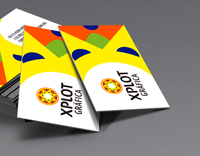 Diseño de marca para XPLOT Gráfica