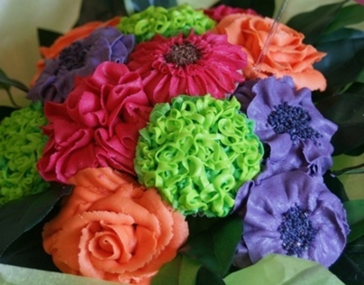 Vibrant Bouquet of Cupcakes