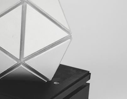 ICOSA // Multicolor Desk Moodlamp