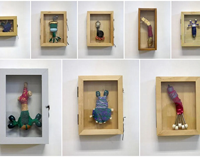 Klein - Serie I - In vitrinekastjes
