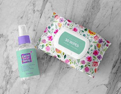 Free Facial Wipes and Toner Spray Mockup PSD