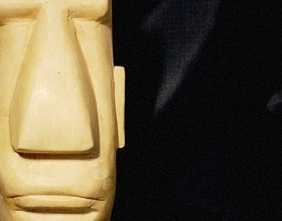 Escultura de escayola MOAI - Escuela de Arte 2012/2013