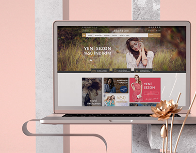 Free Fashion E-Commerce Template