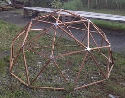 geodesic dome - Afrormosia en inox