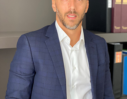 Idan Vidoser Discusses Whether or Not to Invest in Real