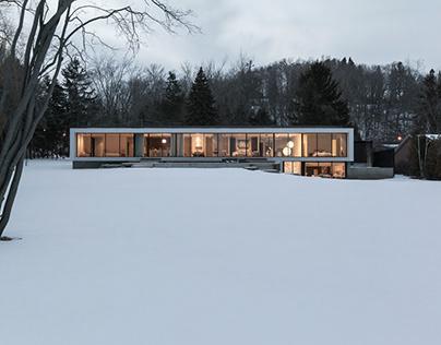 Opposite House