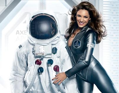 Axe - Kelly Brook