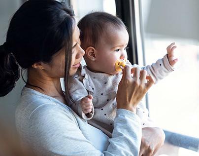 5 Cara Menggendong Bayi Dengan Tepat