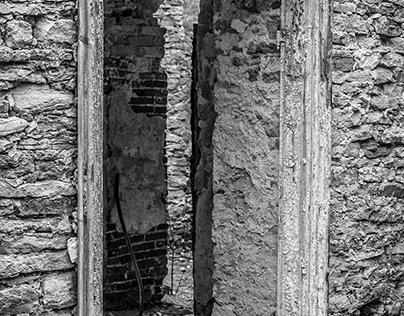 old doorways 2004 / 02