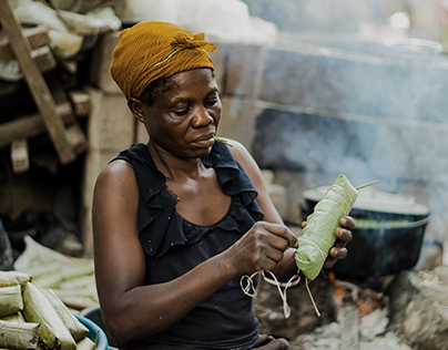 "Production de la Patte de Manioc ""Shikwange"""