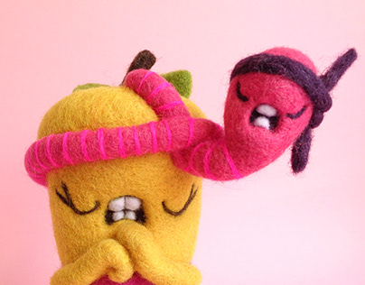 Pommie and Worm are ready to rumble!, Art Toy