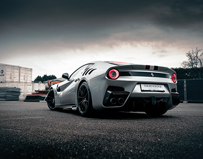 Ferrari F12TDF Tailor Made
