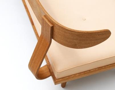 Megingjörð couch