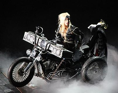 BTW Ball Lady Gaga, Milan 2012