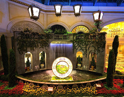 Bellagio Conservatory and Botanical Gardens Tour