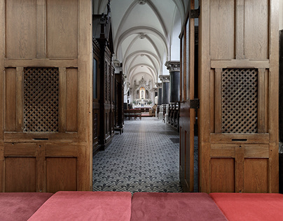 Play in historical sacred spaces