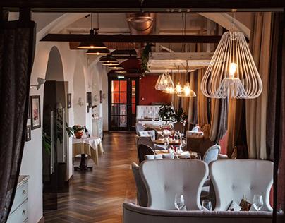 Фирменный стиль и интерьер ресторана «Почтовая контора»