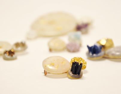 Glue Stones Brooch