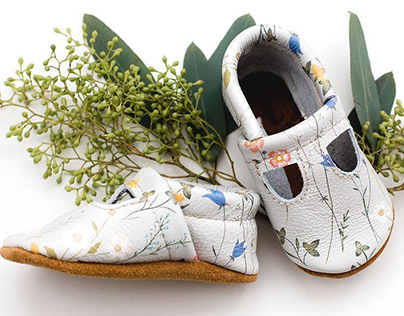 Meadow Baby Shoes / with Starry Knight Design