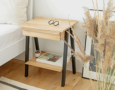 Troost - bedside table