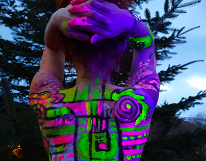 Glowing Body Paint Part 2