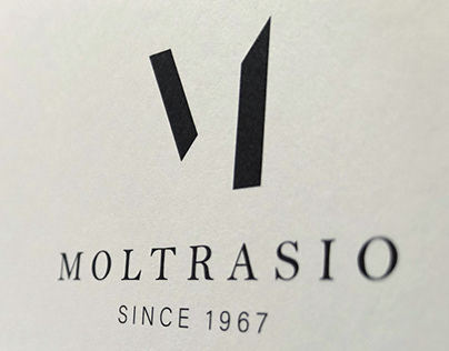 Moltrasio - The essential is invisible to the eye.