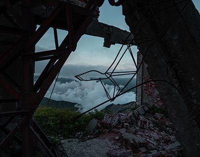 Mountain Top Gondola Remains