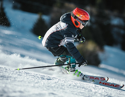 Skiing Valle Nevado