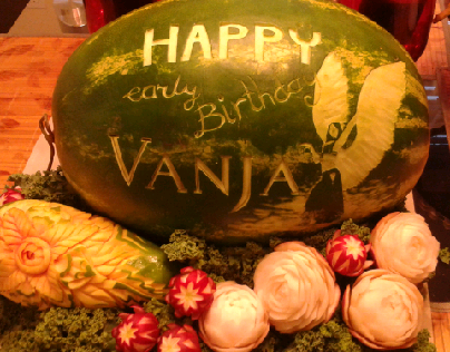 fruit carving birthday gift