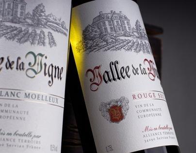 "Label design for the French wines ""Valee de la Vigne"""