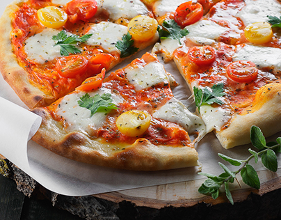 Pizza for HollyFood cafe