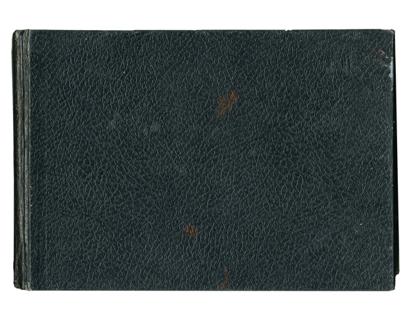 El cuaderno negro. The black notebook.