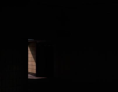Sombre   //   Dark
