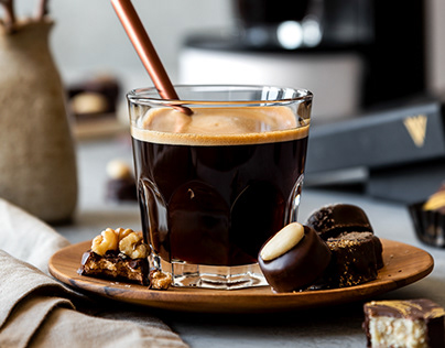VARSOVIENNE CAFETERAS
